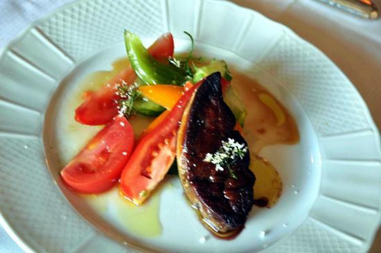 Montigny-le-Chartif, فرنسا: Trilogie tomates en croque au sel