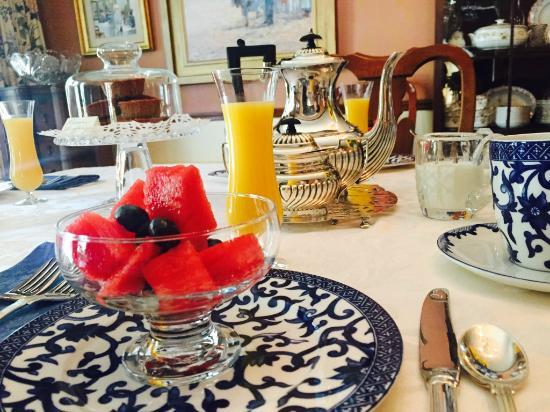 Overlook on Hudson: Breakfast
