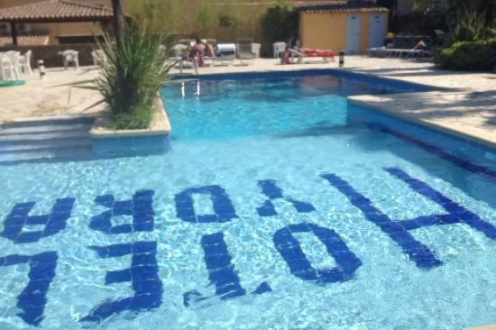 Hydra Le Lavandou : La piscine!