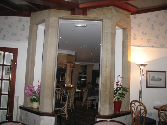 The Hotel Broughty Ferry: Hotel Bar Area