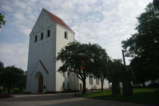 Alderslyst kirke