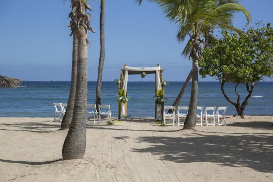 Alter Picture Of Bolongo Bay Beach Resort South Coast