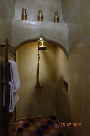Casa Pinto: Duche quase hammam