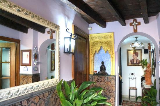 Apartamentos venecia granada habitaci n 5 personas for Hotel granada habitacion familiar