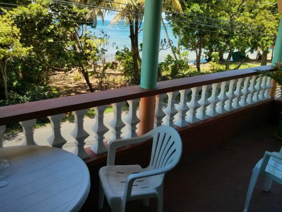 Calibishie, Dominica: balcony