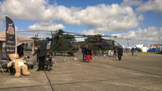 cool machines picture of rnas culdrose airfield viewing area