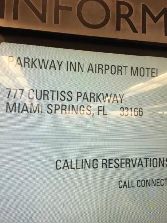 Parkway Inn Airport Motel: Cartel en El aeropuerto