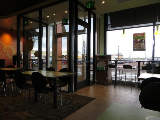 Garbanzo Mediterranean Grill: Looking out