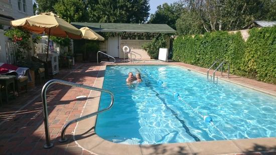 Upper Lake, CA: pool