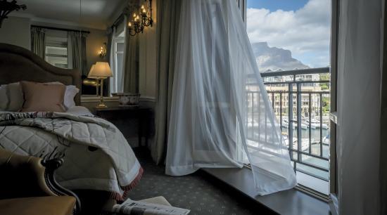 เคปเกรส: Table Mountain View