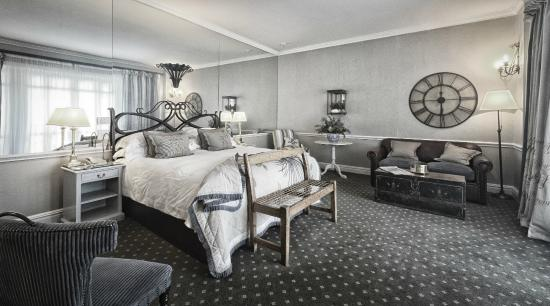 Cape Grace: Superior Room