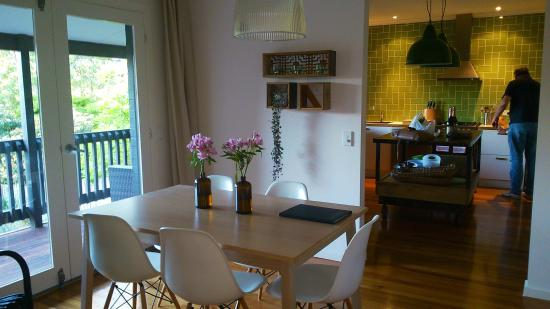 Furmston House & Studio B&B: Dining area/kitchen equipped with everything you need