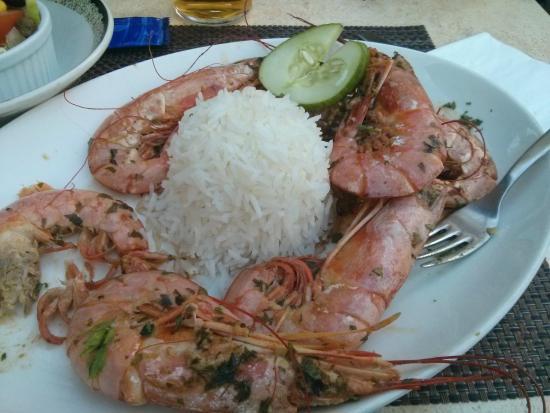 L'Escargot Bar and Restaurant: king prawns