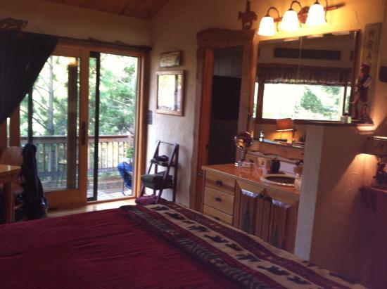 Mountain River Inn Bed & Breakfast: photo7.jpg