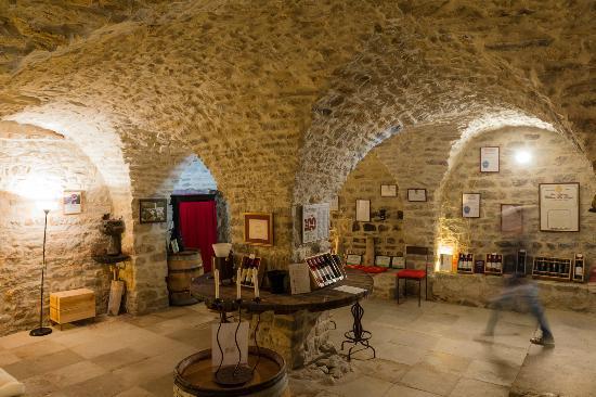 Photos fontan s images de fontan s h rault tripadvisor for Chateau la roque