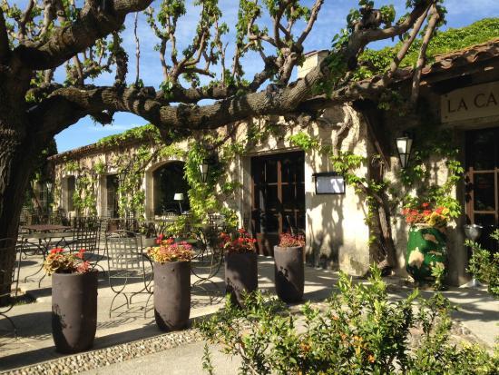 restaurant picture of baumaniere les baux de provence. Black Bedroom Furniture Sets. Home Design Ideas