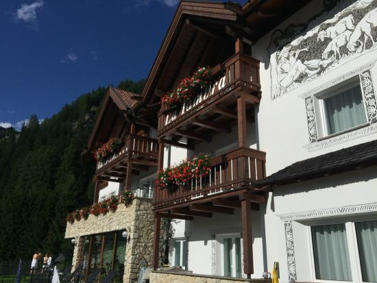 Garni Hotel La Tambra