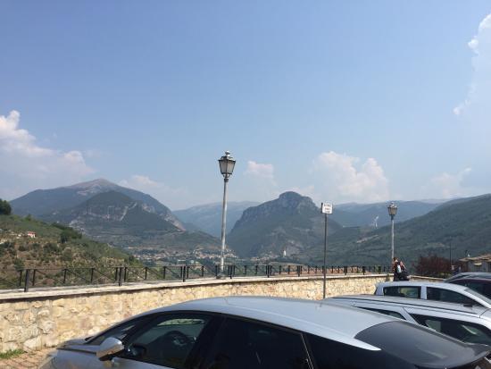 Albergo RoccaRanne : Hotel Rocca Ranne, cibo cortesia e panorama!