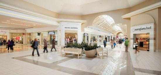 Fashion outlets of niagara falls usa picture of fashion outlets of