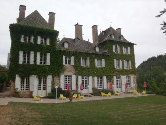 Domaine de Carriere : la facade de l'hôtel