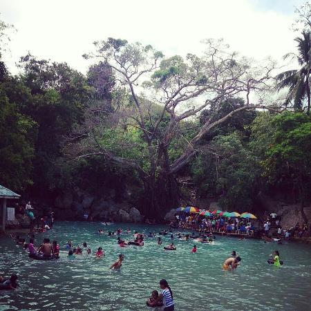 Dalaguete, Filipinas: Enchanting obong Spring