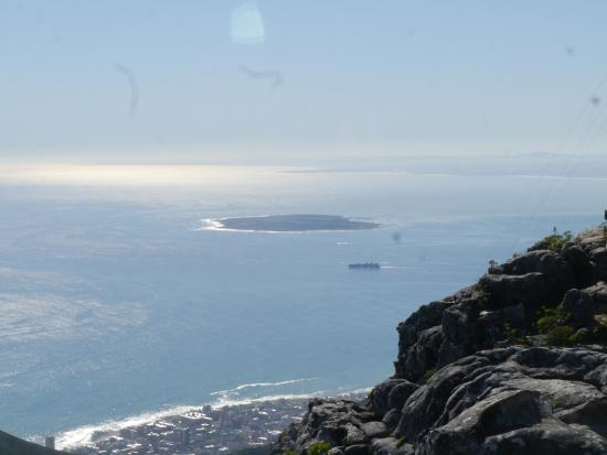 View of robben island picture of table mountain aerial - Robben island and table mountain tour ...