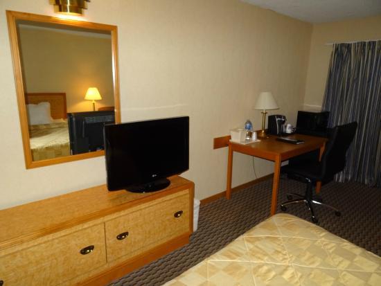 Comfort Inn Aeroport: chambre