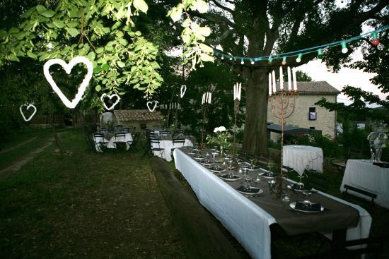 mariage entre amis photo de mas des violettes valflaun s tripadvisor. Black Bedroom Furniture Sets. Home Design Ideas