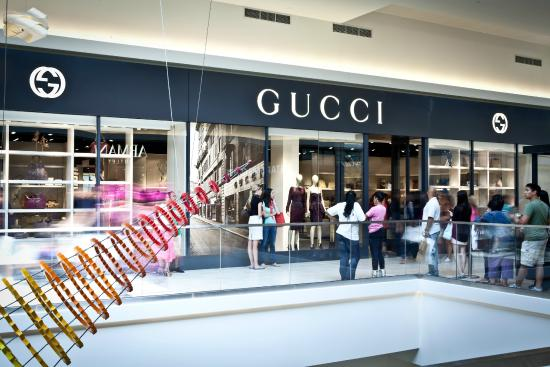 Fashion outlets of chicago gucci picture of fashion for Fashion outlet
