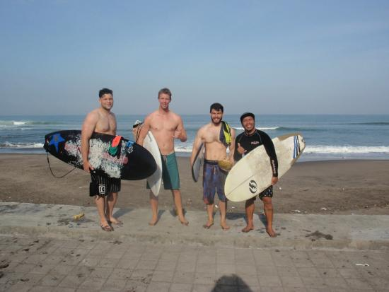Wave Guru Bali Surf Camp: Final surf