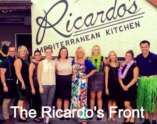 Ricardo's Mediterranean Kitchen: Our front crew celebrating our 14th Anniversay
