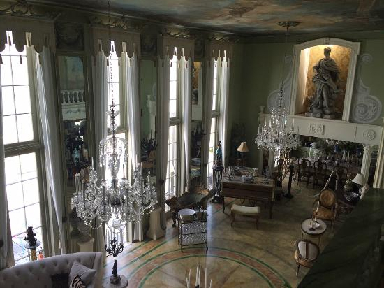 Cherry Grove, NY: Main house parlour