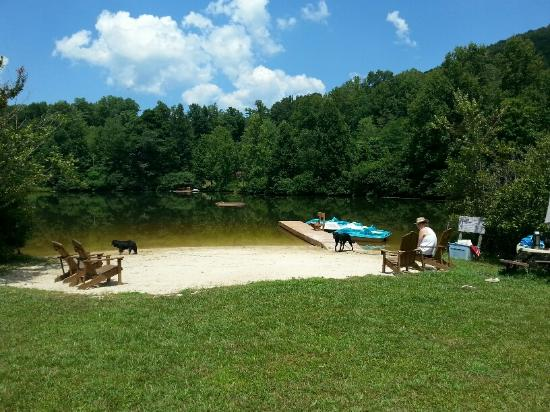 Asheville Cabin Rentals: The private resort beach