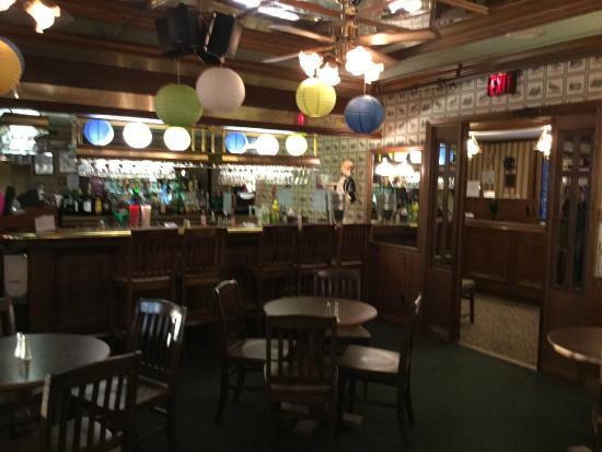 The Riverview Lodge : The pub
