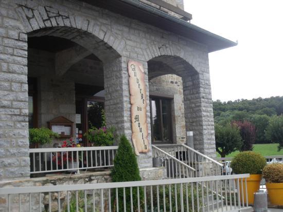Auberge du Moulin: l'entrée du moulin