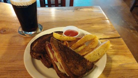 The Black Raven Pub