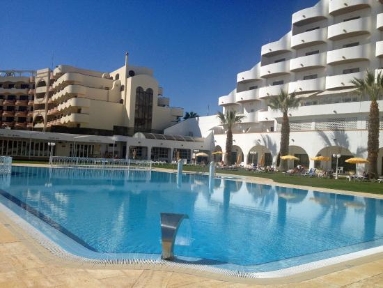 Hotel Apartamento Brisa Sol: Another pool shot