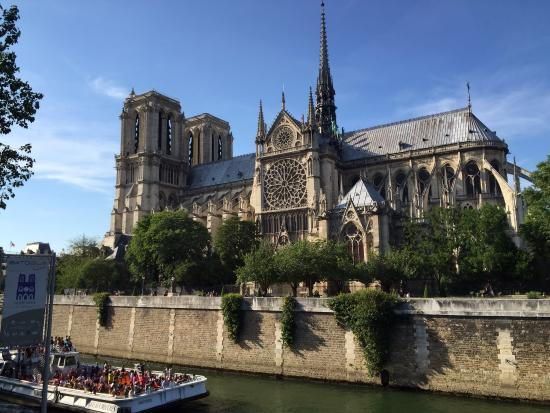 Paris, Frankrike: Notre Dame, along the Seinne