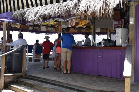 Wanna Wanna Inn: Bar
