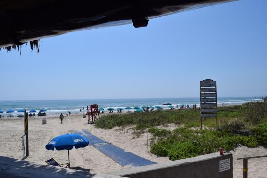 Wanna Wanna Inn: Beach View