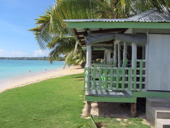Tailua Beach Fales: photo2.jpg