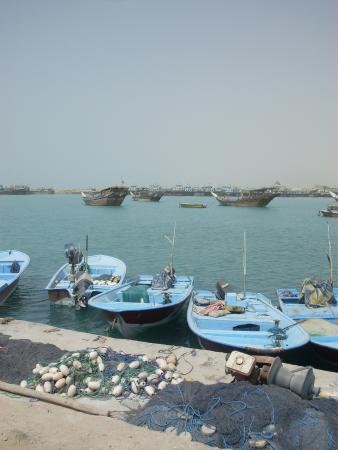 Assaluyeh, Iran: Boats-Asaluyeh