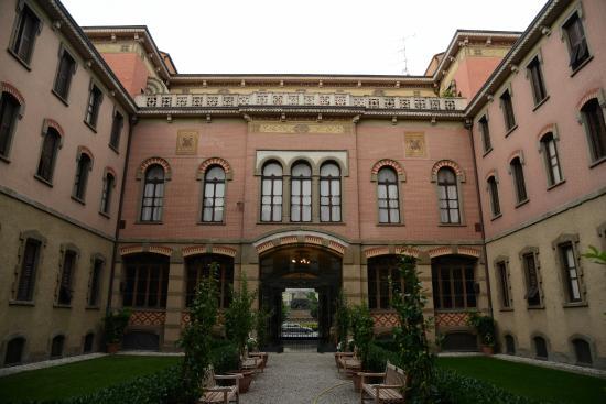 Hof foto di casa di riposo per musicisti giuseppe verdi for Casa di riposo milano