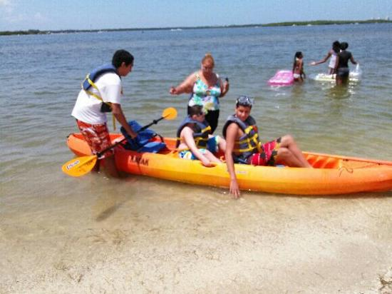 Lisa's Kayaks: Lisa's Kayaks