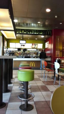 McDonald's Restaurant Lully