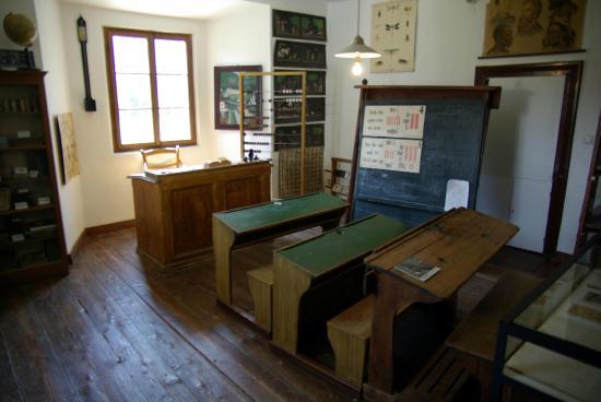 Hermagor, Áustria: la vecchia scuola