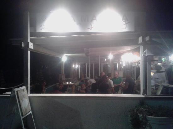 La Marina Hemingway : la marina by night