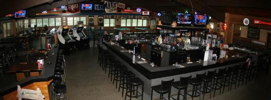 Oshkosh, WI: Inside The Bar!
