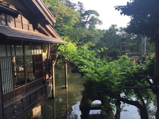Jard n kenrokuen foto di giardino di kenrokuen kanazawa for Jardin kenrokuen