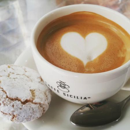 Caffe Sicilia: Macchiato